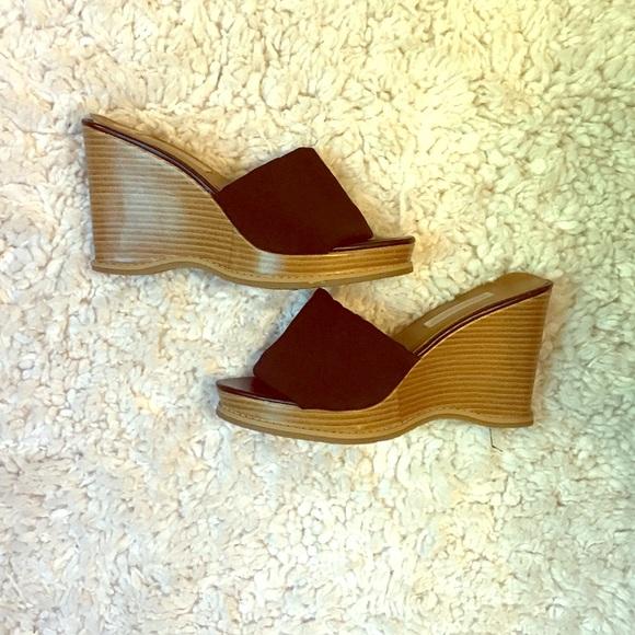 4f8a99892e60 Early 2000 s style platform sandals. M 5b3fe59234a4efd9e2f95243